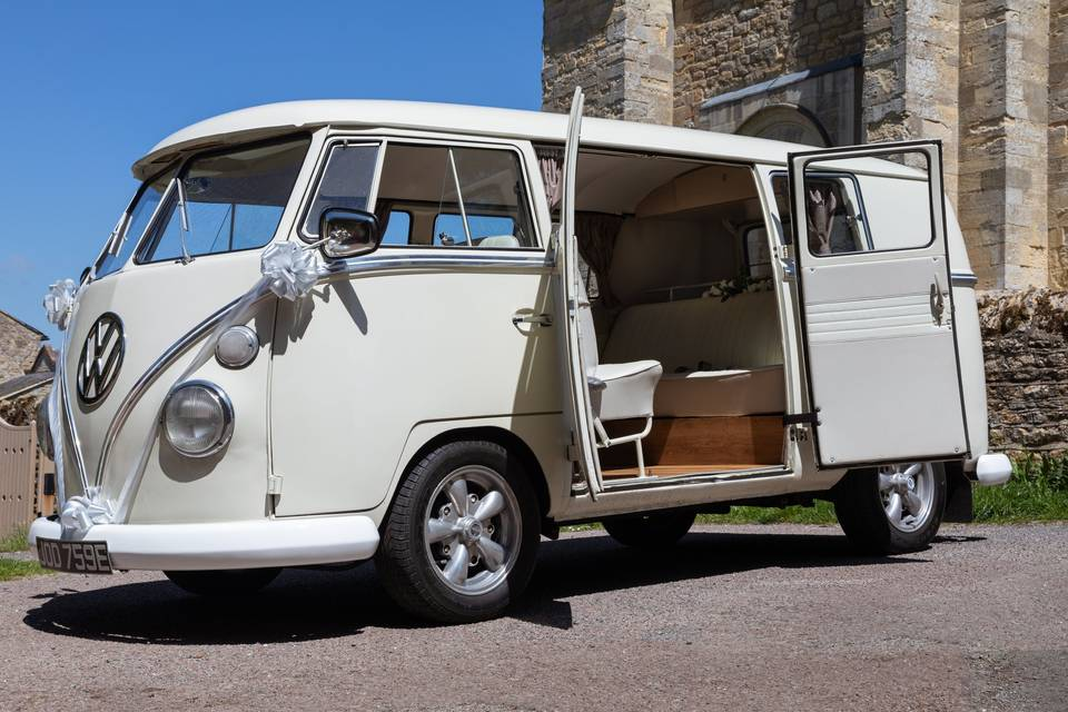 CW Campers & Wedding Hire.