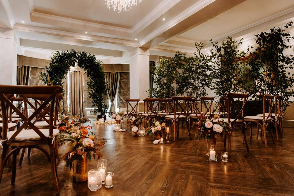 Parquets floors and soft lighting